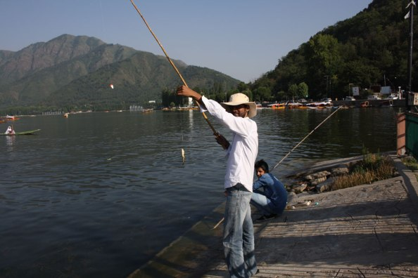 FIshing - Dal Lake, Kashmir