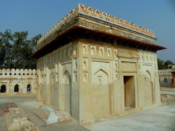 Jamali Kamli Tomb - Mehrauli Archaeological Park